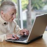 Jaki laptop dla babci? Ranking 5 najlepszych modeli