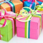 Jaki prezent do 200 zł – dla niego i niej? Co wybrać?