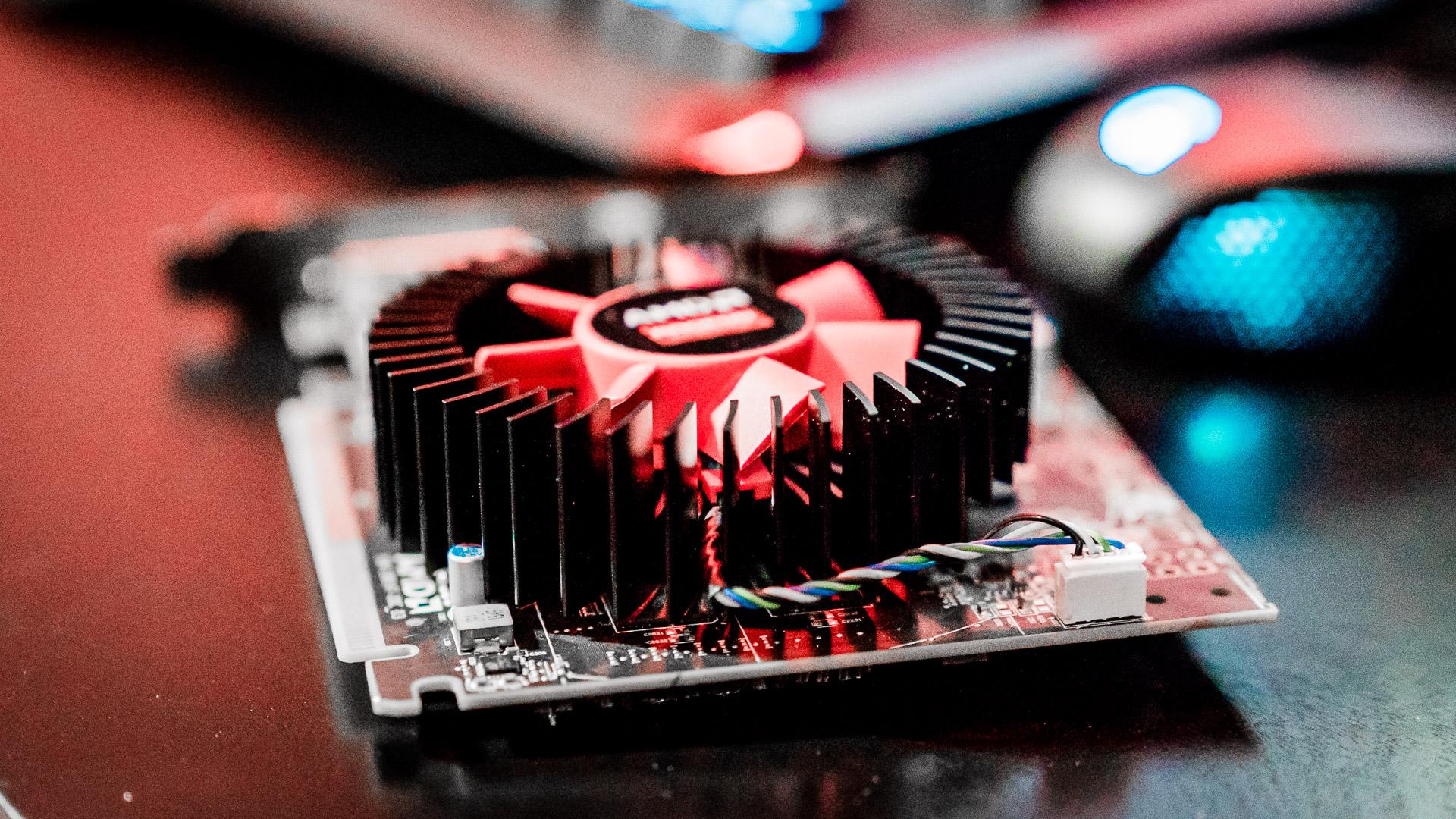 Radeon RX 460 czy GeForce GTX 950
