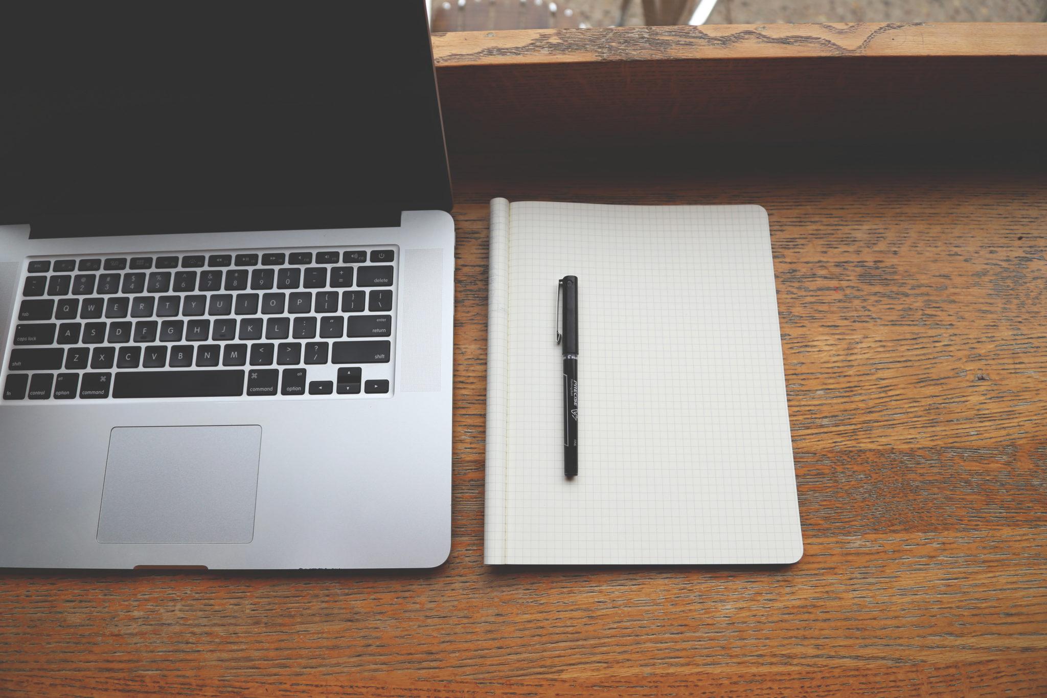 jak czyścić laptopa